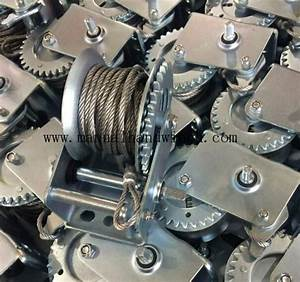 600lbs Small Manual Winch    Wire Rope Reversible Manual