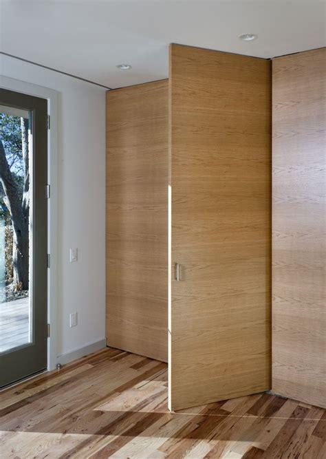Pivot Closet Doors Roselawnlutheran