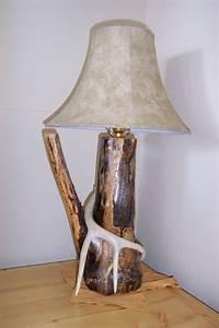 Astounding antler lamp ideas floor lamp antler lamp for Realtree floor lamp