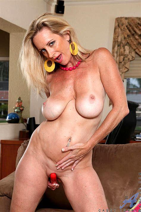 Anilos Cassy Torri Poron Milf Hugeboob Sex Hd Pics