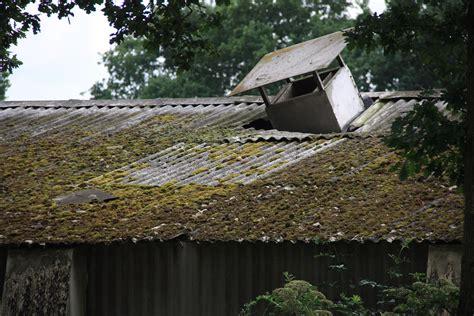 hechtgebonden en losgebonden asbest kenniscentrum infomil