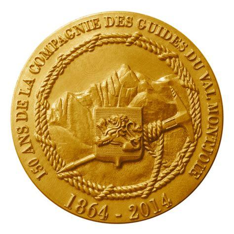 bureau des guides de gervais médaille des 150 ans des guides de gervais mont