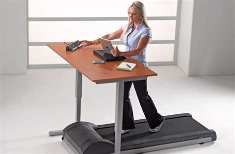 bureau tapis roulant faire du tapis de course en travaillant ça vous tente