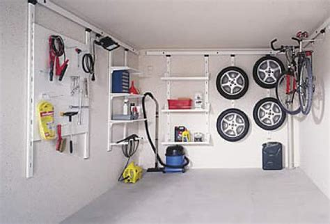 Stauraum Fuer Die Garage Richtig Verstauen Und Lagern by Ordnung In Der Garage Mit Zapf Innenraumsystemen Zapf