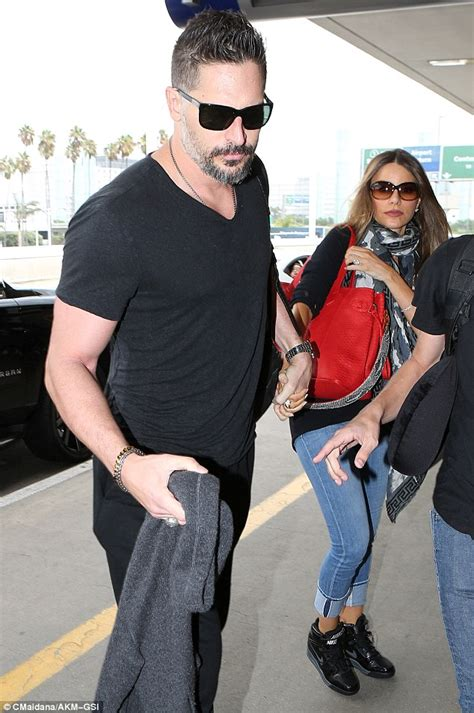 sofia vergara husband joe sofia vergara and husband joe manganiello hold hands as