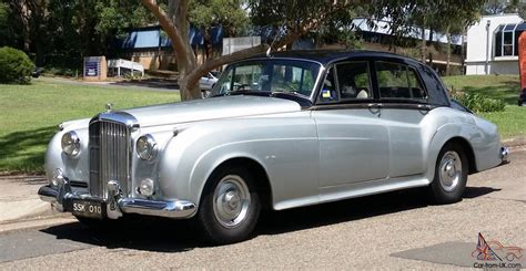 bentley silver bentley s1 1957 black over silver made by rolls royce in