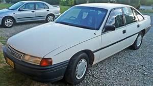 Toyota Loison Sous Lens : file 1990 toyota lexcen t1 sedan 2009 06 19 ~ Gottalentnigeria.com Avis de Voitures