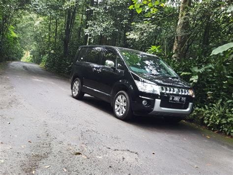 Wuling Almaz Wallpapers by Test Drive Mitsubishi Delica Royal Review Mobil123