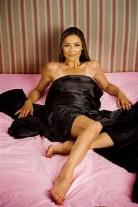 amanda-donohoe-sexy-legs-feet (2) | amanda donohoe ...