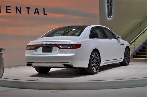 lincoln 2017 white 2017 lincoln continental sets the new standards for luxury