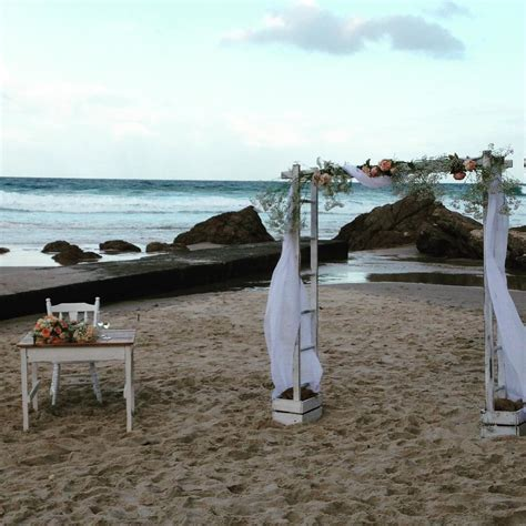 dos   beach wedding gold coast  gold