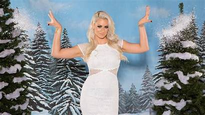 Wwe Winter Maryse Wonderland Lynch Becky Alexa