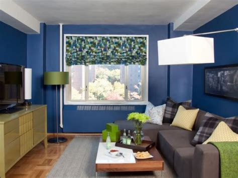 Ideas To Decorate Small Living Rooms Www Blind Com Blinds To Go Springfield Nj Stick Up Windows Wood Window Treatment Ideas Low Bentham Mini Mounting Diseases That Make You With Between The Panes