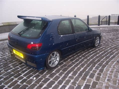 Dundeedubber 1995 Peugeot 306 Specs, Photos, Modification