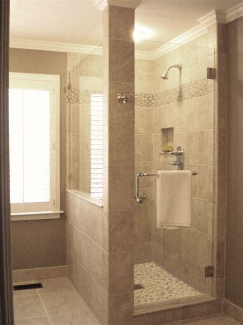 Custom Small Bathrooms by Best 25 Custom Shower Ideas On Bathrooms