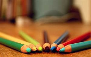 Colored Pencils Background 40929 2560x1600 px ...