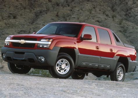 Chevy Avalanche 2002 by Chevrolet Avalanche Specs Photos 2001 2002 2003