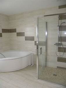awesome decoration maison salle de bain gallery design With salle de bain deco bois