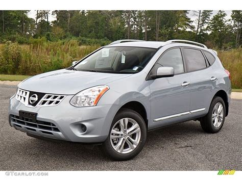 silver nissan rogue 2014 brilliant silver 2013 nissan rogue sv exterior photo