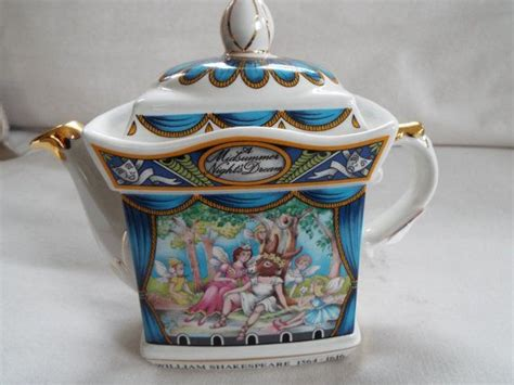 christmas teapots made in england 20 best images about sadler teapot collection on the holidays and