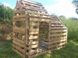 Cabane Pour Poule : cabane poule 50palettes par ugo bortoluzzi ~ Premium-room.com Idées de Décoration