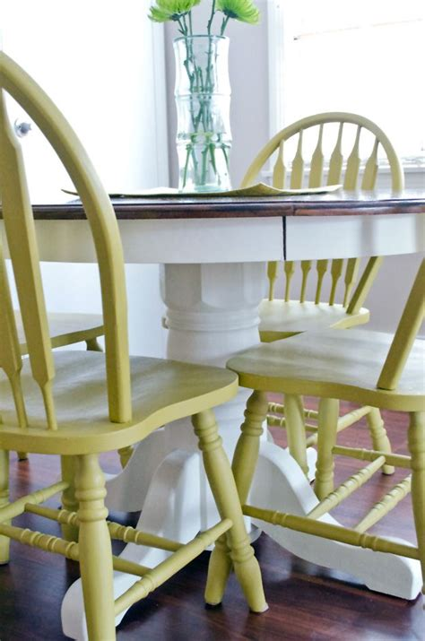 use diy chalk paint to refinish an old oak table and
