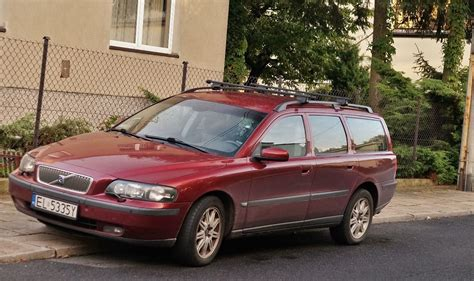 Volvo V70 2003 by 2003 Volvo V70 Ii Kombi Pictures Information And Specs