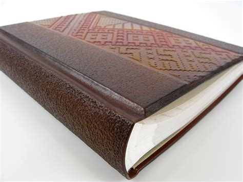 Albūmi, vāki, grāmatas (A-AVG-0015)
