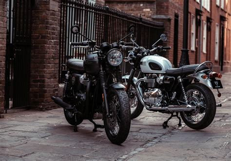 Triumph Bonneville T120 2019 by 2019 Triumph Bonneville T120 Ace Guide Total Motorcycle