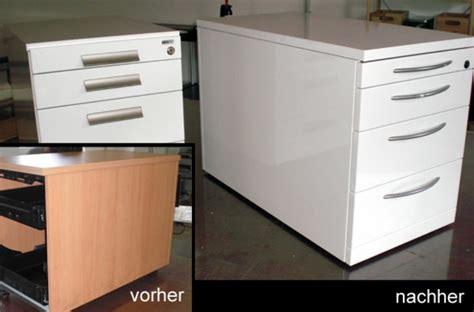 Küchenschränke Bekleben Für Eine Frische Veränderung In
