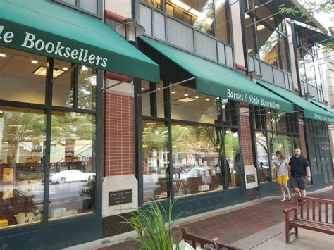 barnes and noble bethesda local charm is going away residents react to