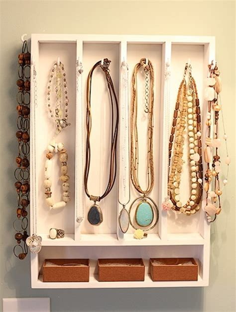 porte bijoux mural le porte bijoux mural une d 233 co pratique et archzine fr