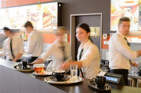cuisine centrale elior equipier polyvalent de restauration salaire études