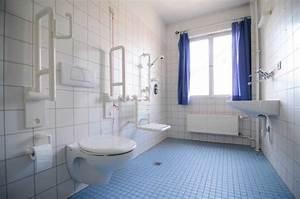 Aide Pour Amenagement Salle De Bain Personne Agée : am nagement logement pour maintien domicile ~ Melissatoandfro.com Idées de Décoration