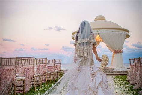Things You Should Know Before Having A Destination Wedding
