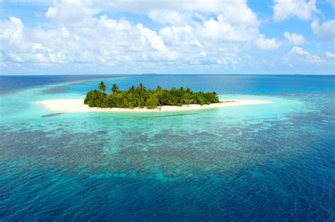 The 12 Cheapest Private Islands You Can Actually Afford On