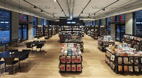 Feltrinelli Librerie by Incontri Feltrinelli Napoli