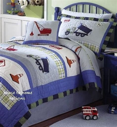 trucks at work full queen quilt set boys construction