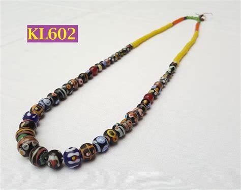 jual kalung manik motif etnik dayak loreng hitam putih kuning kl602 baru aksesoris perhiasan