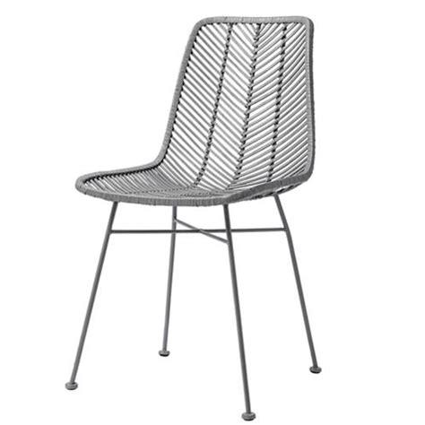 chaise en rotin gris chaise design en rotin tressé gris bloomingville sur cdc