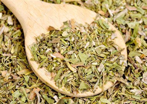 estragon cuisine estragon spice dried estragon spice and wooden spoon as