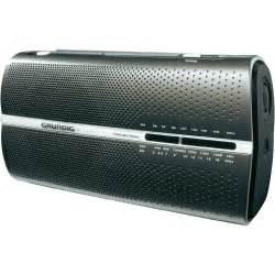 Portable AM FM SW Grundig Radio