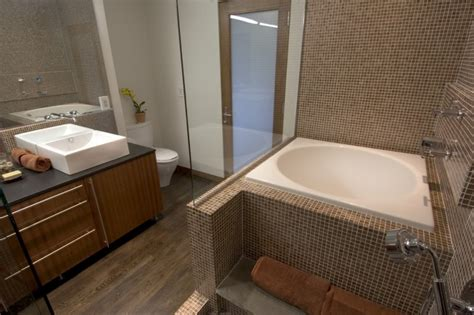 Appealing Japanese Soaking Tub For Small Bathroom  Decohoms. Kitchen Garden Window. Alternative To Lattice Under Deck. Brick Homes. Bethel Builders. White Marble Top Coffee Table. Bed Bench. Crown Crafts. Interior Design Los Angeles