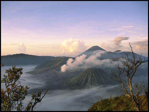 gunung bromo foto tempat wisata foto gambar wallpaper
