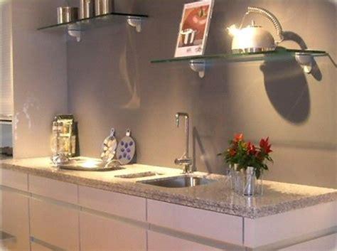 cuisine granite cuisine plan de travail de cuisine moderne clair en granit