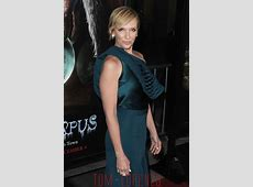 Toni Collette in Dion Lee at the