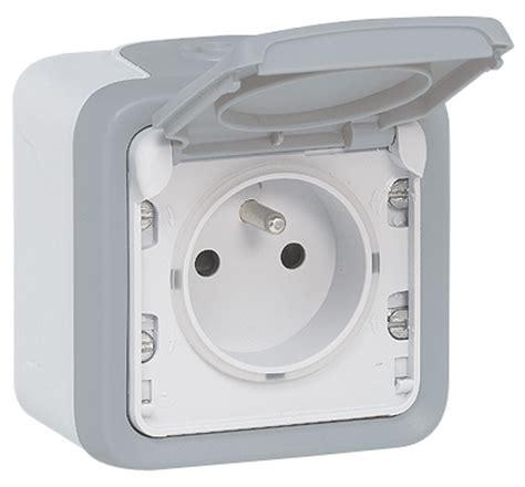 prise de courant cuisine prise de courant électrique legrand prise prise étanche elecproshop