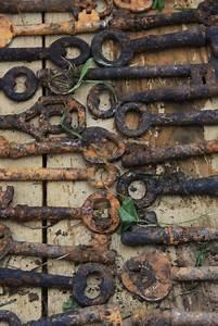 Alte Schlüssel Deko : art tutorial how to distress keys clever alte schl ssel antike schl ssel und vorh ngeschloss ~ Orissabook.com Haus und Dekorationen