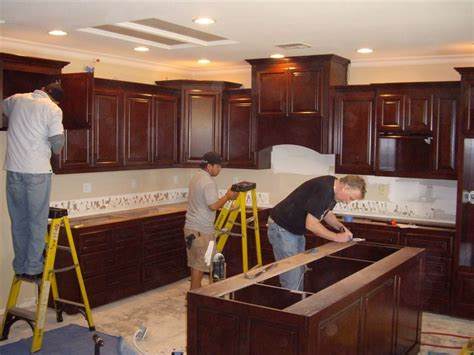 installing kitchen cabinets wonderful woodworking