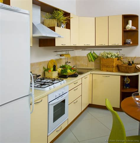 wood kitchen cabinets pictures of modern yellow kitchens gallery design ideas Yellow